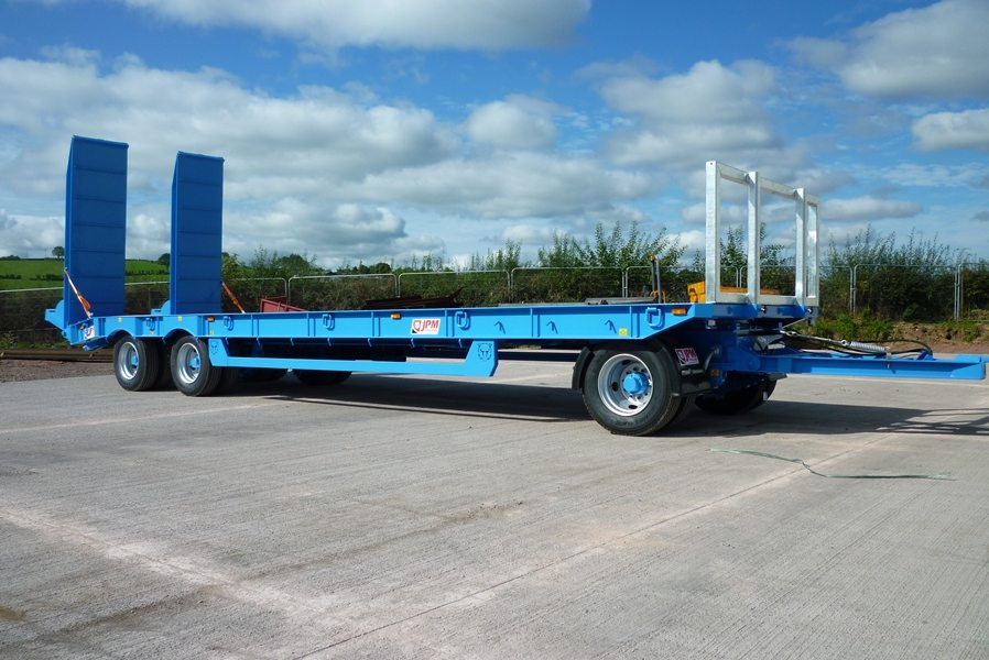 Turntable Trailer